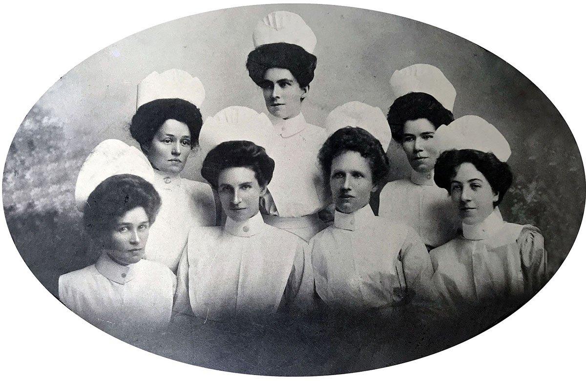 1907 Coast Hospital graduate nurses