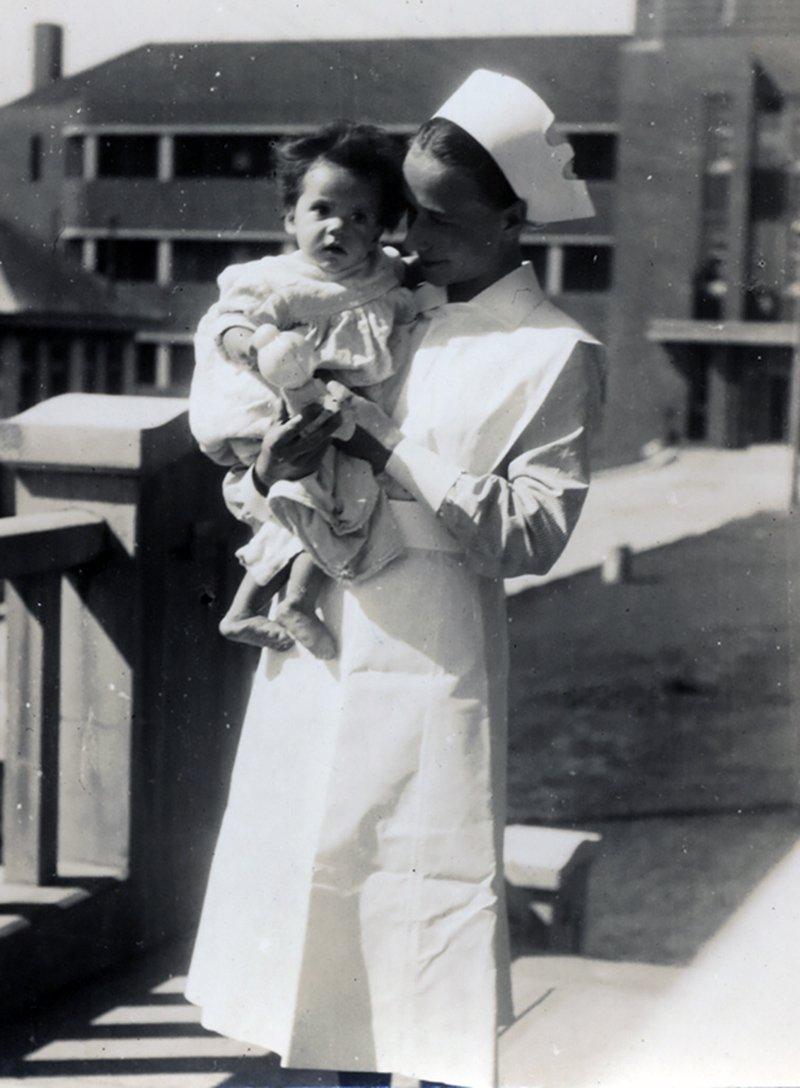 Eileen Dakin-Ward, 1939