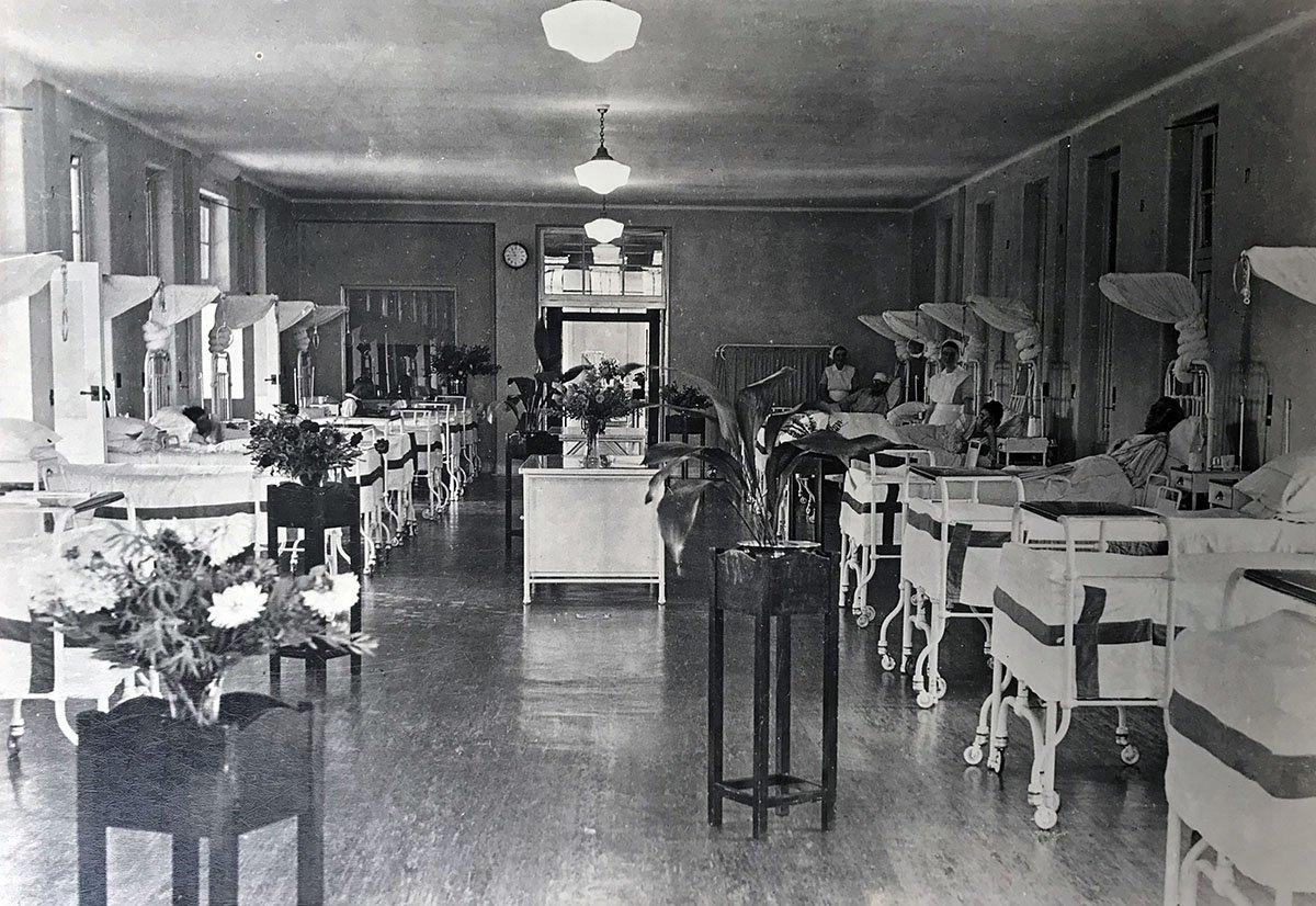 1900s Coast Hospital Ward