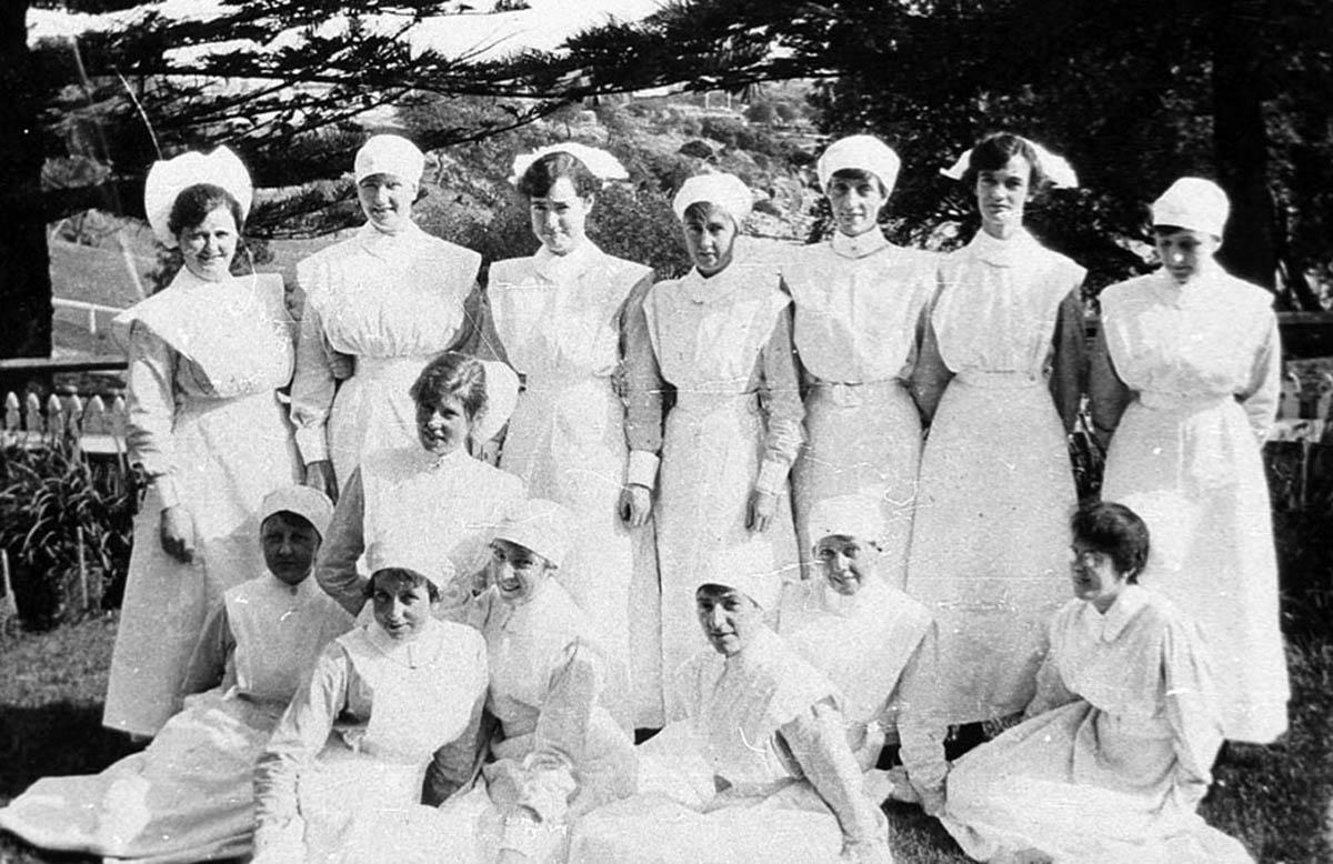 1900s Coast Hospital Student nurses