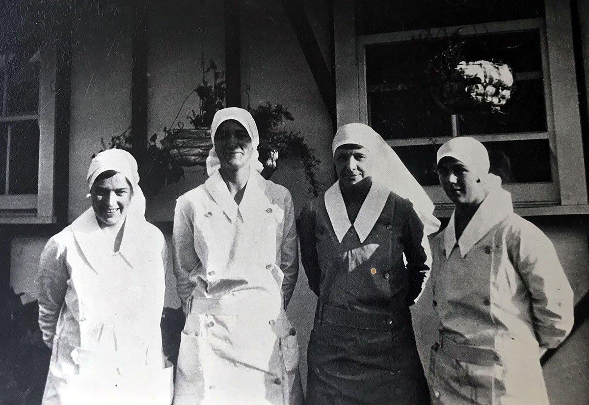 1920s_4 nurses