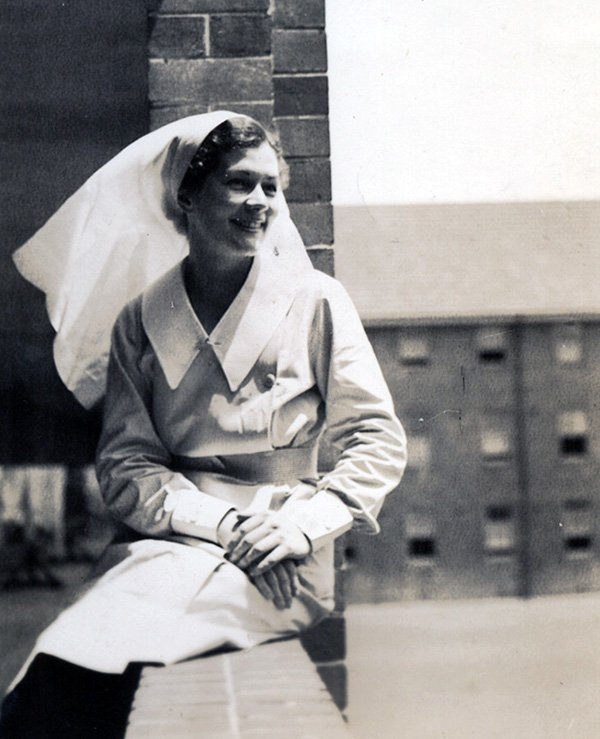 1940 Prince henry hospital trained nurse Olive Pratt