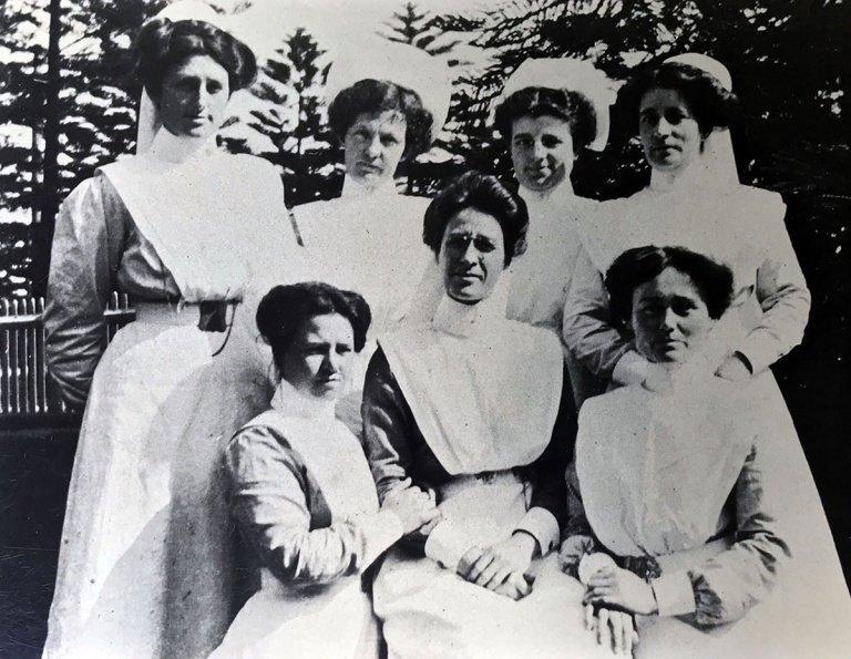 1896 1st graduating class